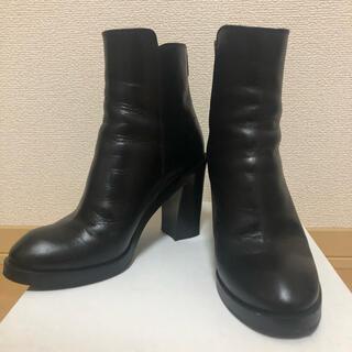 ファビオルスコーニ(FABIO RUSCONI)の【美品】ファビオルスコーニ ブラックショートブーツ (ブーツ)