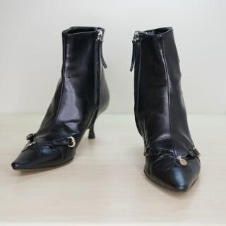 フェンディ(FENDI)のFENDI フェンディ 36 黒 イタリア製 ショートブーツ(ブーツ)