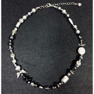 【美品】メタル調オニキス黒ダークシルバパールネックレス 古着韓国 天然石(ネックレス)