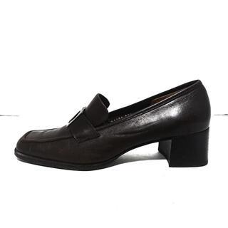 サルヴァトーレフェラガモ(Salvatore Ferragamo)のサルバトーレフェラガモ ローファー -(ローファー/革靴)