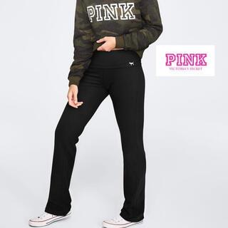 ヴィクトリアズシークレット(Victoria's Secret)のPINK フレアパンツ(カジュアルパンツ)