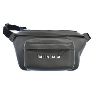 バレンシアガ(Balenciaga)のBALENCIAGA バレンシアガ ショルダーバッグ(ショルダーバッグ)