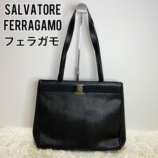 サルヴァトーレフェラガモ(Salvatore Ferragamo)のフェラガモ トートバッグ ブラック ヴァラリボン ゴールド リザード レザー 黒(トートバッグ)