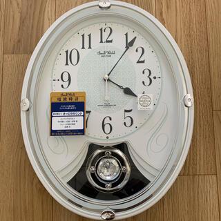 電波掛け時計 新品未使用