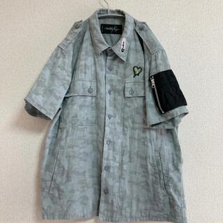 ミルクボーイ(MILKBOY)のMILKBOY ミリタリーワッペンシャツ(シャツ)