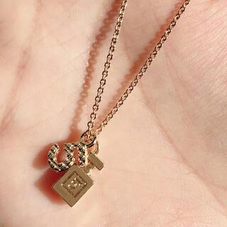 ディオール(Dior)の再販予定無し❗️23.ゴールド香水ネックレス Dior 人気トレンド(ネックレス)