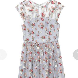 リリーブラウン(Lily Brown)のリリーブラウン ワンピース フラワー刺繍チュールワンピース ライトブルー(ミニワンピース)