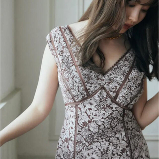 herlipto Lace Trimmed Floral Dress フローラル