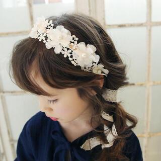 【新品】髪飾り レース 刺繍 ヘアアクセサリー カチューシャ ヘッドドレス