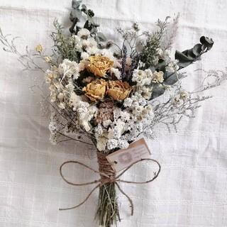 イエローバラと小花のナチュラルスワッグ