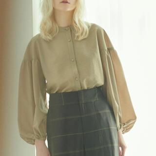 Mila Owen - ミラオーウェン ■スタンドカラー袖ボリュームブラウス