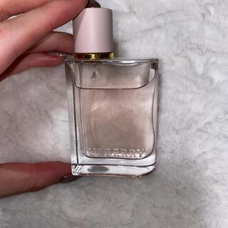 バーバリー(BURBERRY)のバーバリー ハー オードパルファム 30ml(香水(女性用))