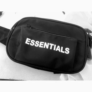 FEAR OF GOD - FOG essentials ボディバッグ◡̈⃝⋆*꙳✧˖°⌖꙳