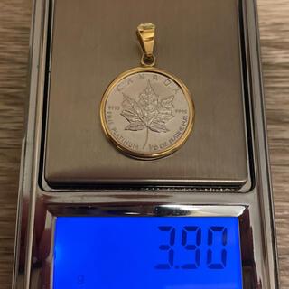 プラチナメイプルリーフ エリザベスコイン金貨 総重量約3.9g  1/10oz