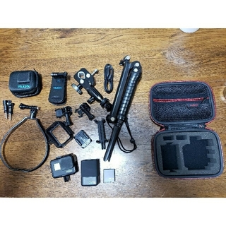 GoPro - GoPro hero7 ブラック 予備バッテリー 充電器 パーツ ケース付き