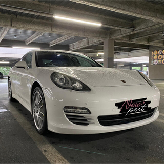 Porsche - パナメーラ4S クロノ 可変マフラー ローン可 金額チェック
