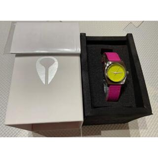 ニクソン(NIXON)の未使用タグ付き正規品 ニクソンNIXON腕時計スモールタイムテラーレザーイエロー(腕時計)