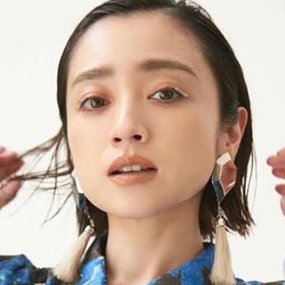 TOGA - TOGA PULLA Fringe earrings フリンジ イヤリング
