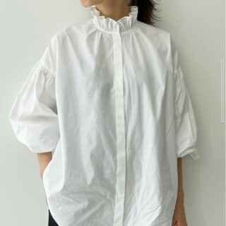 L'Appartement DEUXIEME CLASSE - 《アパルトモン》Stand Frill Blouse ◆ ホワイト