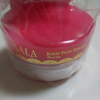 Kanebo - サラ ボディパフパウダー プリズムパール サラスウィートローズの香り 1個