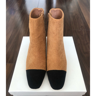 ツルバイマリコオイカワ(TSURU by Mariko Oikawa)のツルバイマリコオイカワ ショートブーツ  23cm キャメル/ブラック(ブーツ)