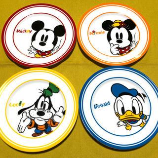 ミッキーマウス(ミッキーマウス)のDisneyミッキーマウス お皿 4枚セット(キャラクターグッズ)