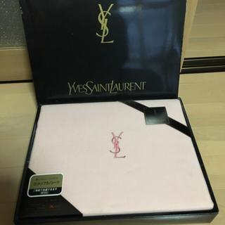 イヴサンローランボーテ(Yves Saint Laurent Beaute)の新品 イヴサンローラン コットンフラノシーツ(シーツ/カバー)