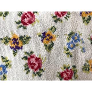 ロイヤルドルトン(Royal Doulton)のロイヤルドルトン シェニール織 タオルハンカチ 新品(ハンカチ)