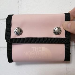ザノースフェイス(THE NORTH FACE)の【新品】THE NORTH FACE BC Dot Wallet ピンク(折り財布)