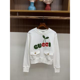 グッチ(Gucci)の【GUCCI】チェリープリント コットン スウェットシャツ(トレーナー/スウェット)