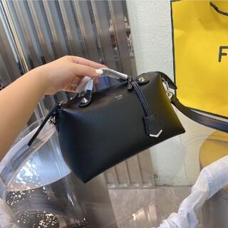 FENDI - 4色 【値下げ】 ✔  fendi  ショルダーバッグ  ♥ 10