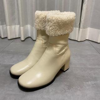 ディーホリック(dholic)の新品 nuguボアショートブーツ(ブーツ)