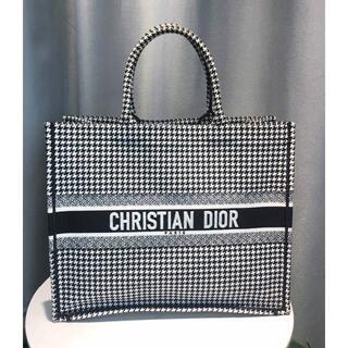 Christian Dior - クリスチャンディオール ディオール ブック トート
