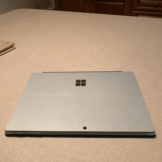 マイクロソフト(Microsoft)のサーフェス Pro5ジャンク フロントカメラ映らず他は快調ス!(ノートPC)
