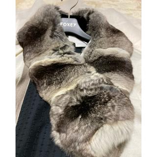 フォクシー(FOXEY)のフォクシーティペットグレー系チンチラstall356400円(マフラー/ショール)