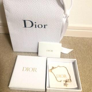 クリスチャンディオール(Christian Dior)の✳︎美品✳︎Christian Dior ゴールドスター ブレスレット(ブレスレット/バングル)
