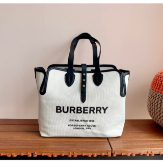 BURBERRY - 【美品】BURBERRYバーバリートートバッグ