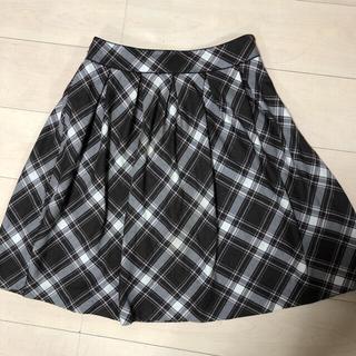 クミキョク(kumikyoku(組曲))の茶色タックフレアースカート(ひざ丈スカート)