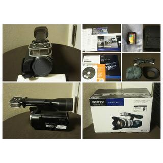 ソニー(SONY)のSONY NEX-VG10 APS-Cセンサー搭載レンズ交換式ビデオカメラ(ビデオカメラ)