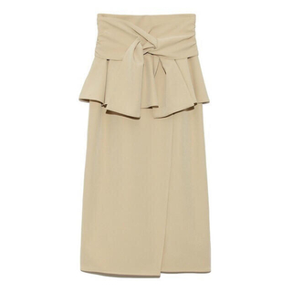 スナイデル(snidel)のSNIDEL リボンディティールポンチスカート(ひざ丈スカート)