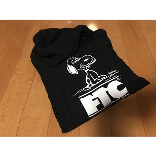 エフティーシー(FTC)のFTC × PEANUTS SNOOPY パーカー 美品(パーカー)
