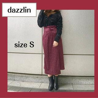 ダズリン(dazzlin)の【タグ付き】dazzlin ベロア 小花柄 スカート レッド S 秋 冬(ロングスカート)