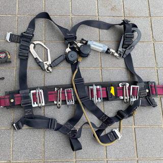 安全帯、ランヤード、落下防止紐金具、工具差し、バケツ、工具多数中古混在セット販売