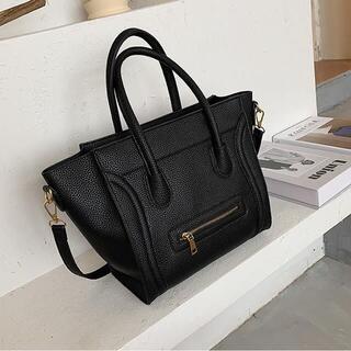 クラウドバッグ ハンドバッグ ブラック 黒 大容量 メッセンジャーバッグ