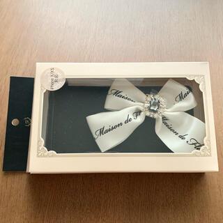 メゾンドフルール(Maison de FLEUR)のMaison de FLEUR iPhoneケース ブラック×ホワイトリボン(iPhoneケース)
