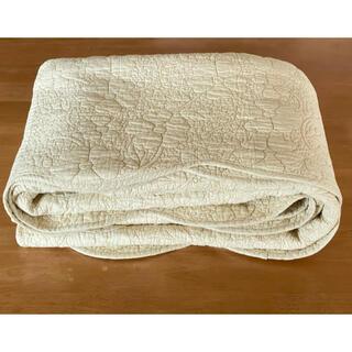水洗いキルトマルチカバー マーガレット195x195cm アイボリー綿100%