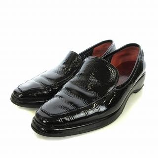 サルヴァトーレフェラガモ(Salvatore Ferragamo)のサルヴァトーレフェラガモ ローファー シューズ エナメル調 6D ブラック(ローファー/革靴)