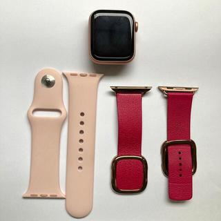 Apple Watch - apple watch series5 40mm GPS ゴールドアルミニウム