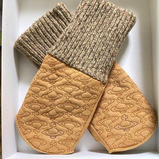 Vivienne Westwood - 【Vivienne Westwood】羊革オーブマークステッチ手袋・指なし