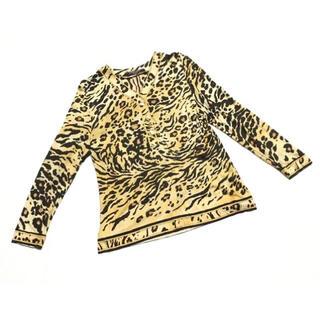 レオナール(LEONARD)の極美品 LEONARD レオナール 豹柄 シルク混 長袖トップス 20I129(カットソー(長袖/七分))